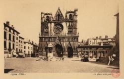 Lyon : la place Saint-Jean