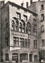 Lyon : Place du Change (Vieux Lyon) ; Maison Thomassin XVe siècle