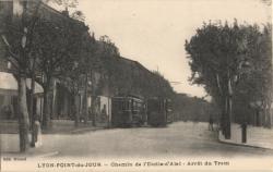 Lyon-Point-du-Jour : Chemin de l'Etoile-d'Alaï - Arrêt du Tram