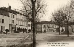 Lentilly (Rhône) : Le haut de la Place