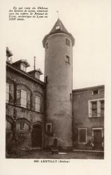 Lentilly (Rhône) : [Château des Combes]