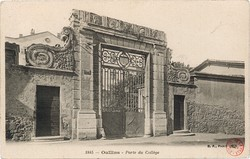 Oullins (Rhône) : Porte du Collège