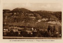 Le Chable-Beaumont (Hte-Savoie) : Village de Beaumont et le Salève