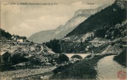 Vallée du Borne (Hte-Savoie) et route de la Puya