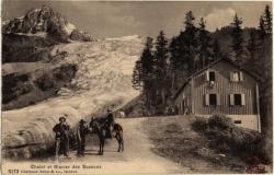 Chalet et glacier des Bossons