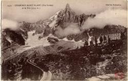 Chamonix-Mont-Blanc (Hte-Savoie) et le Dru (3755 m.)