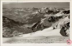 Chamonix-Mont-Blanc en hiver : Panorama vu du Brévent et Chaîne des Aravis