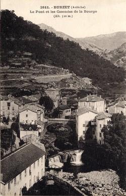 Burzet (Ardèche) : Vue générale