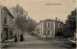 Beauchastel (Ardèche) : Entrée de Beauchastel, la Croix