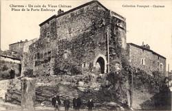 Charmes-sur-Rhône (Ardèche) : Vieux château