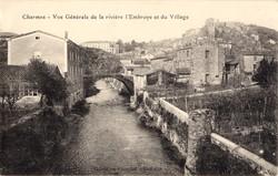 Charmes-sur-Rhône (Ardèche) : La rivière l'Embroye et le village