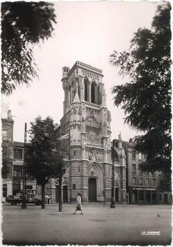 Saint-Etienne (Loire). - Place Saint-Roch et l'Eglise
