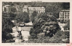 Saint-Étienne (Loire) : Place du Palais-des-Arts