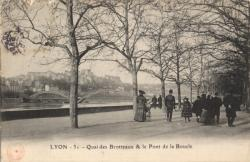 Lyon : 31, Quai des Brotteaux et le Pont de la Boucle