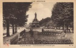 Lyon artistique : La Place Morand ; Le monument de la Ville de Lyon