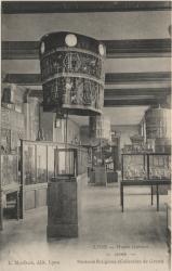 Lyon : Musée Guimet : Chine ; Parasols religieux (Collection de Groot)