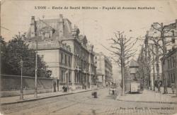 Lyon : École de Santé Militaire ; Façade et Avenue Berthelot.