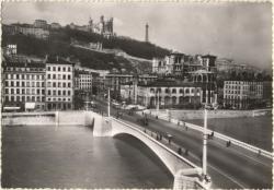 Lyon : Le Pont Tilsit sur la Saône et la Colline de Fourvière