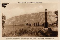St-Julien-en-Genevois (Hte-Savoie) : Monument commémoratif du rattachement de la Savoie à la France et massif du Salève