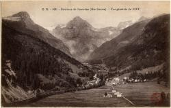 Environs de Samoëns (Hte-Savoie) : Vue générale de Sixt