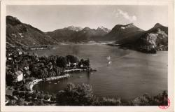 Lac d'Annecy : Talloires ; Vue générale ; massif des Bauges