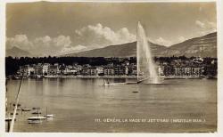 Genève - La rade et le Jet d'eau (hauteur 90 m.)