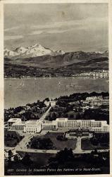 Genève - Le nouveau Palais des Nations et le Mont-Blanc.
