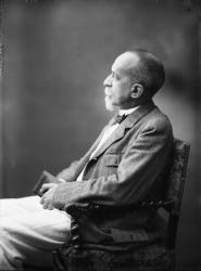 [Professeur Maurice Courant (1865-1935)]
