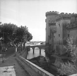 [Le Château du roi René à Tarascon]
