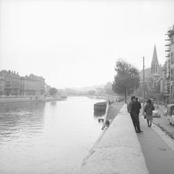 [Les Quais de Saône]