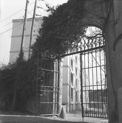 Garderie d'enfants, Château de Menival
