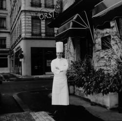 [Restaurant Pierre Orsi, 3 place Kléber, à Lyon]