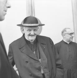 Cardinal Gerlier et le Cardinal Renard