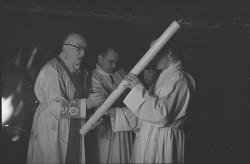 Liturgie, la Pâques en l'église de Ménival