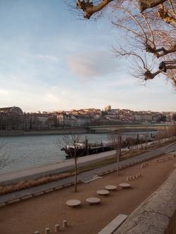La Croix-Rousse vue depuis le quai du Général Sarrail