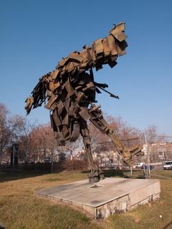"""Sculpture """"L'homme Liberté"""" dite """"Le patineur"""" de César"""