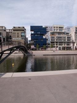 La place nautique et la darse vues depuis le Parc de la Saône