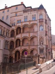 Immeuble dans la montée Saint-Barthélemy