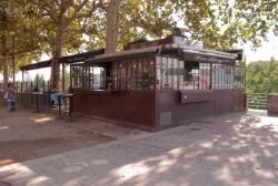 La Buvette Les Berges sur le quai Victor-Augagneur