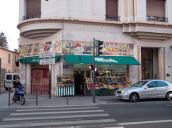 Avenue Félix-Faure : magasin Le marché royal