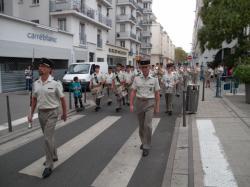 Rue Michel-Servet : défilé pour l'anniversaire de la libération de Villeurbanne (3 septembre 1944)