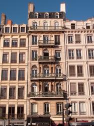 Place d'Albon, immeuble