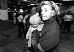 """[Opération humanitaire """"Mille enfants à l'abri""""]"""