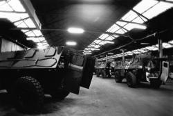 [Tropicalisation des véhicules du 68e régiment d'artillerie de La Valbonne en partance pour la Guerre du golfe]
