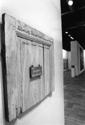 """[Espace lyonnais d'art contemporain (Elac). Exposition """"Complicités d'évasion""""]"""