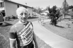[Le vélodrome des Roussillon à Rochetaillée-sur-Saône]
