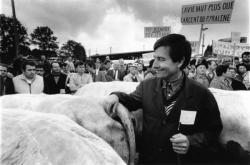 [Foire agricole de Beaucroissant (1988) : manifestation du Comité de défense d'Izeaux]