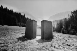 """[""""Ex Aeterno tempore"""", oeuvre de Gloria Friedmann à Sainte-Agnès]"""