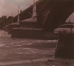Lyon, quai Jules Courmont