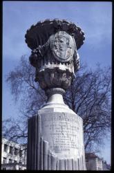 Monument à la Coopération : hommages à Derrion et Reynier